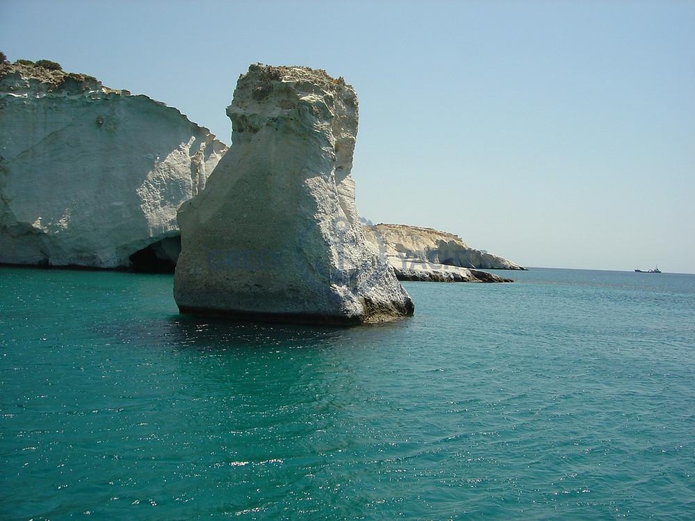 Sailing Holidays Cyclades Milos