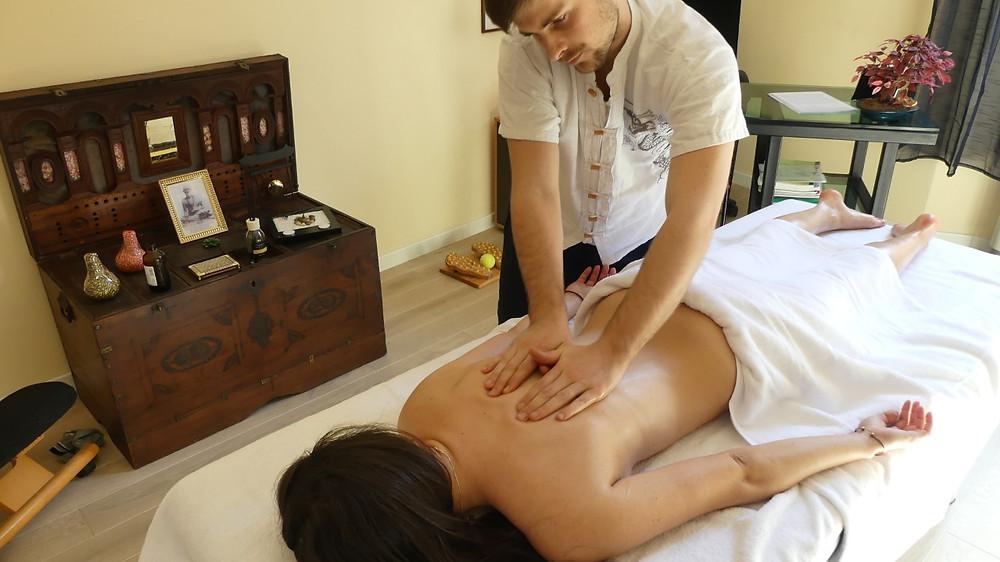 massaggio a bologna, ajna studio bologna