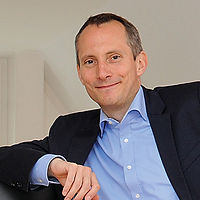 Colja M. Dams_CEO VOK DAMS_print(2).jpg