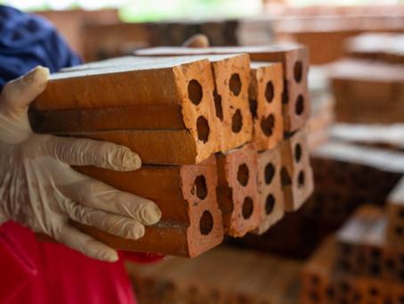 Lojas de materiais de construção vendem mais na pandemia do que em 2019