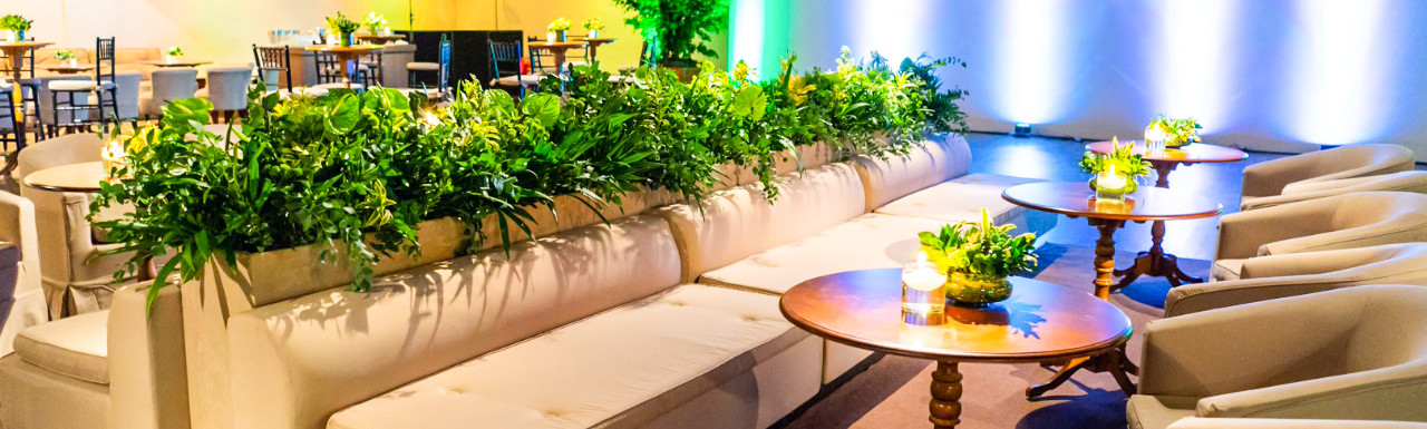 Lounge em evento corporativo