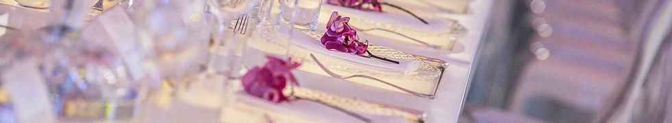 Detalhes de guardanapos com phale pink