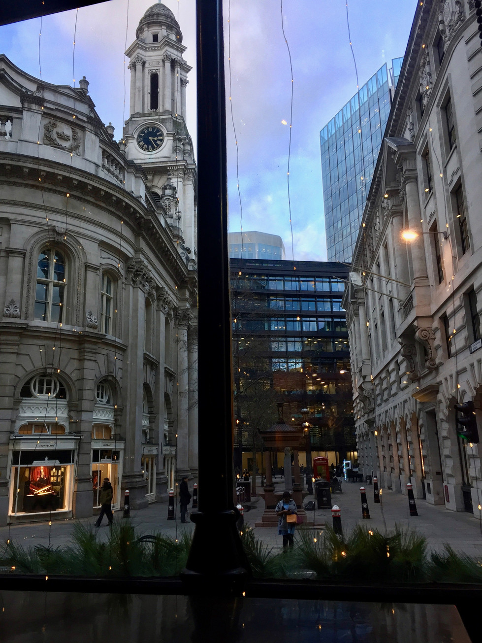 Bank Station in London 2 (런던 뱅크역  2| ロンドンのバンクー駅 2)