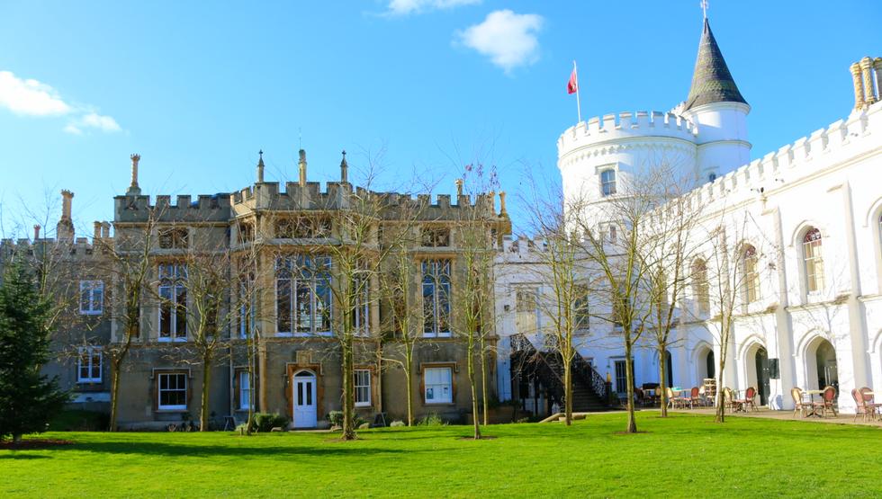 영국의 대학, 세인트 매리편 - 교사양성과 스포츠로 특화