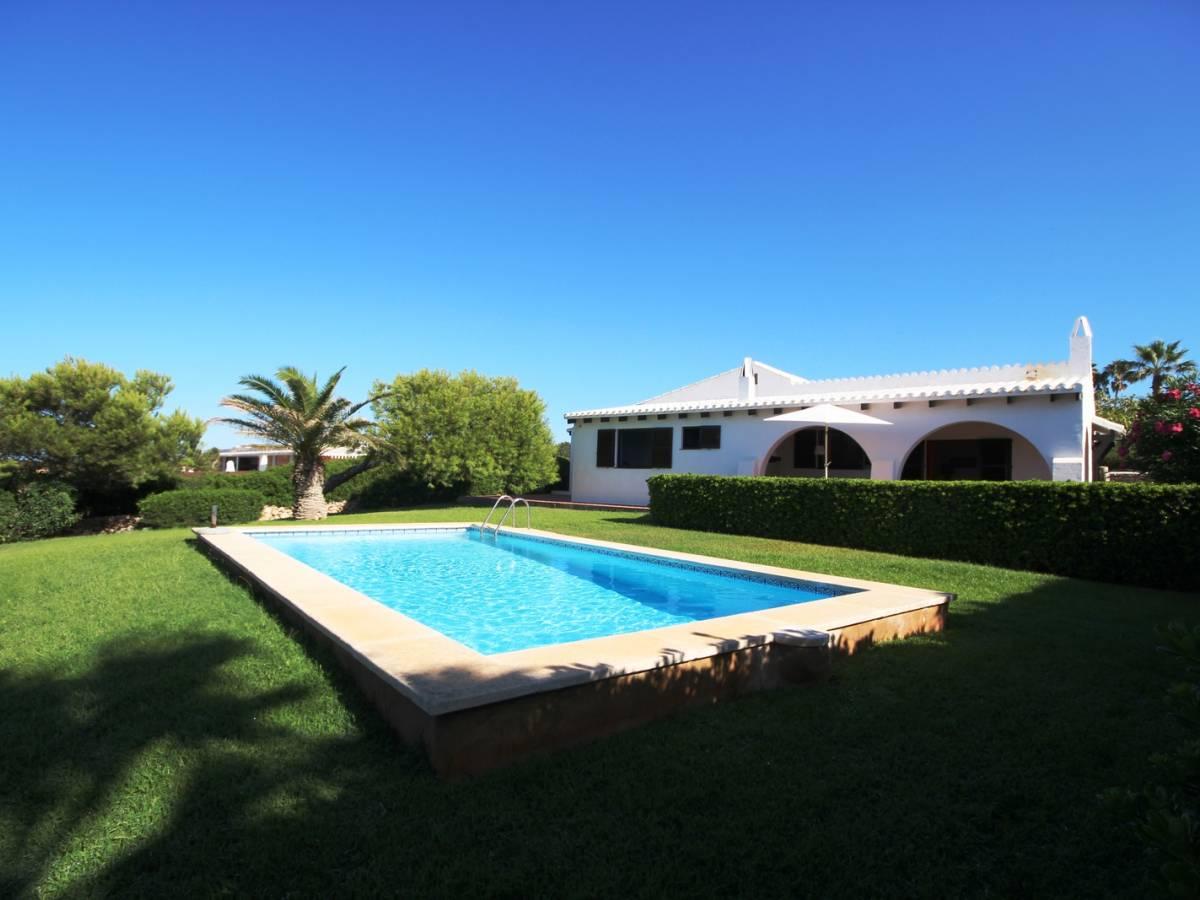 Villa en seconde ligne à Binidali