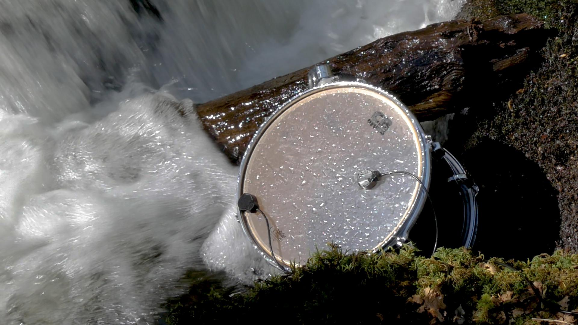 River Beats VI (Large Tom)