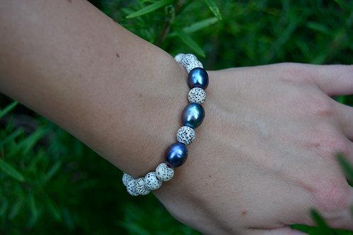 The Lotus Seed Bracelet: 3 Pearls