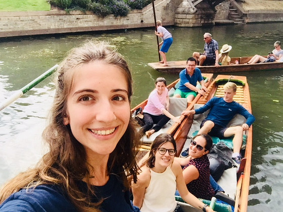 Punting trip to welcome the new members of the lab!