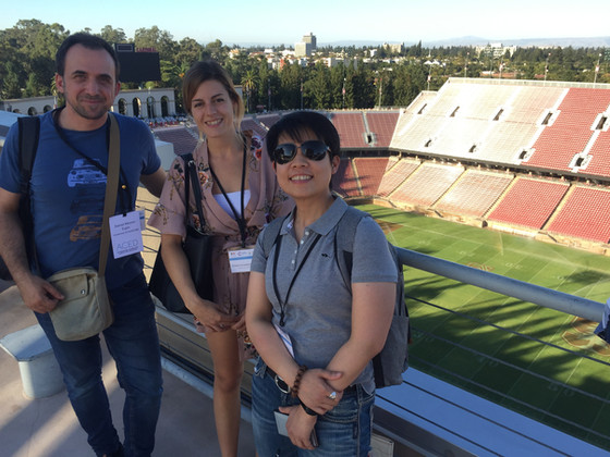 The lab attends the Early Detection of Cancer Conference in Stanford!