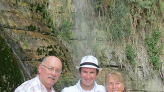 Oct 2013 – Leszek and Stasia Demkowicz visiting David Creek with Zohar.