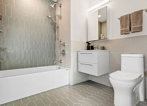 03 2nd bathroom.jpg