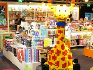 L'absence d'originalité de l'agencement intérieur de l'espace KIDS d'un magasin