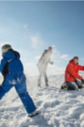 Familie im Schnee-12.jpg