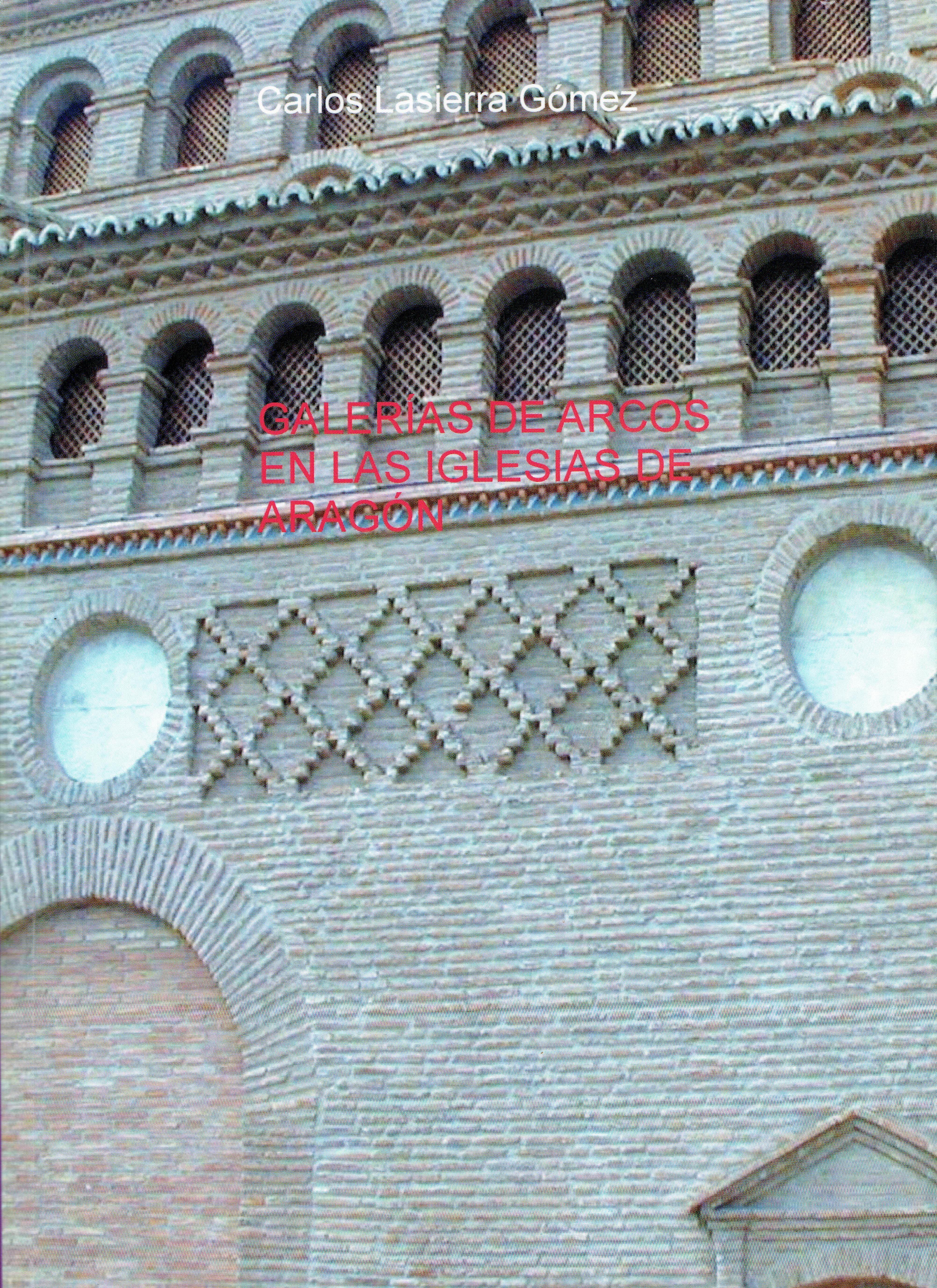 Galerías de arcos en las iglesias de