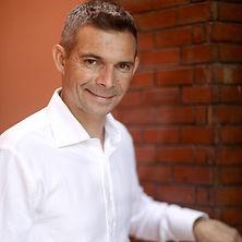 Jérôme PERRIER Hypnotherapeute et coach