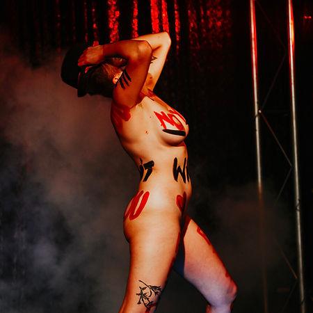 Red-Light-Nov-19-145_edited.jpg