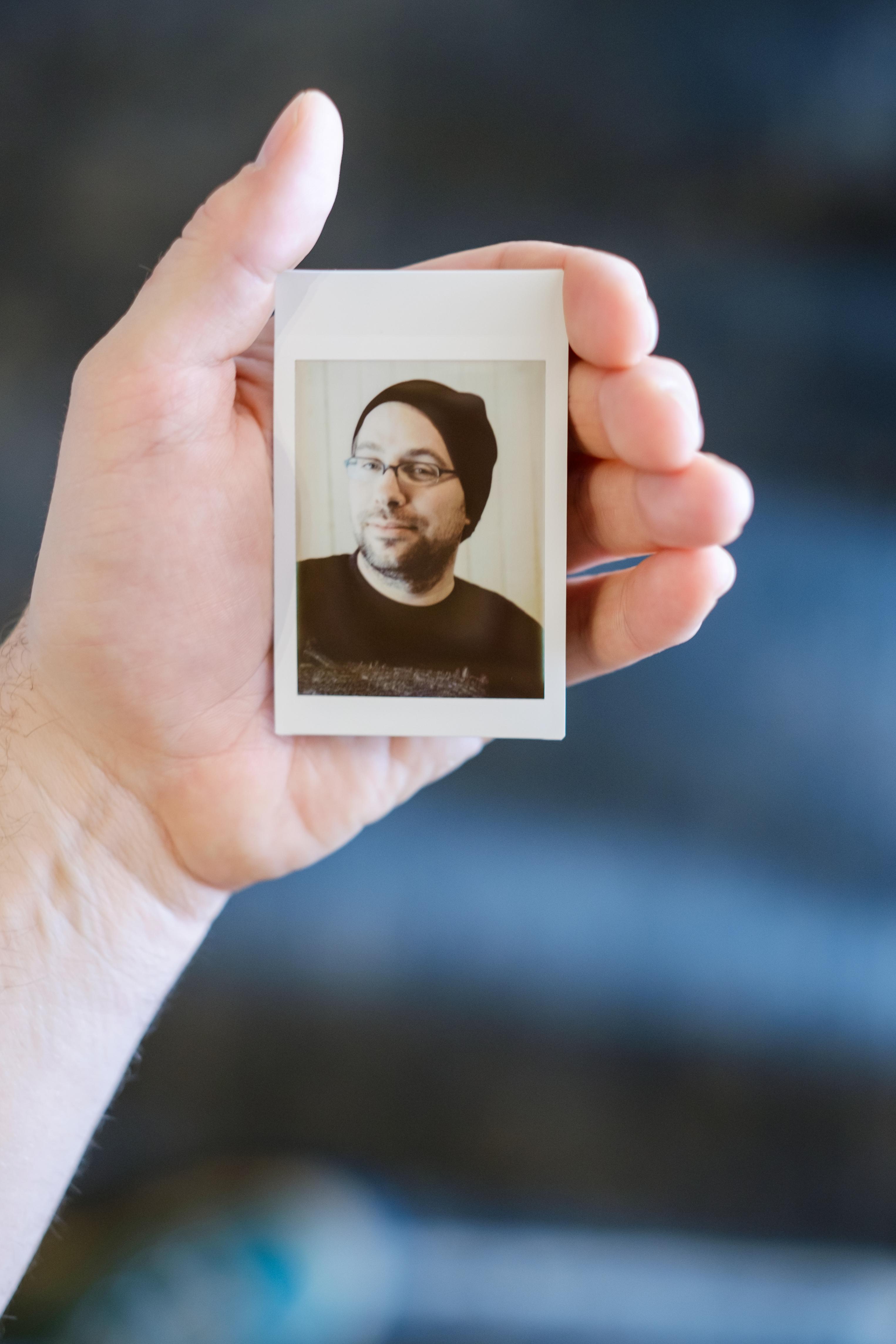 Olivier Bourget portrait dans la main-134