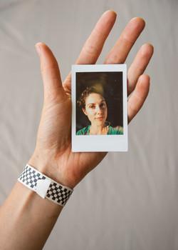 Olivier Bourget portrait dans la main-44