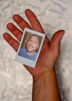 Olivier Bourget portrait dans la main-68
