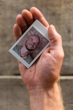 Olivier Bourget portrait dans la main-120
