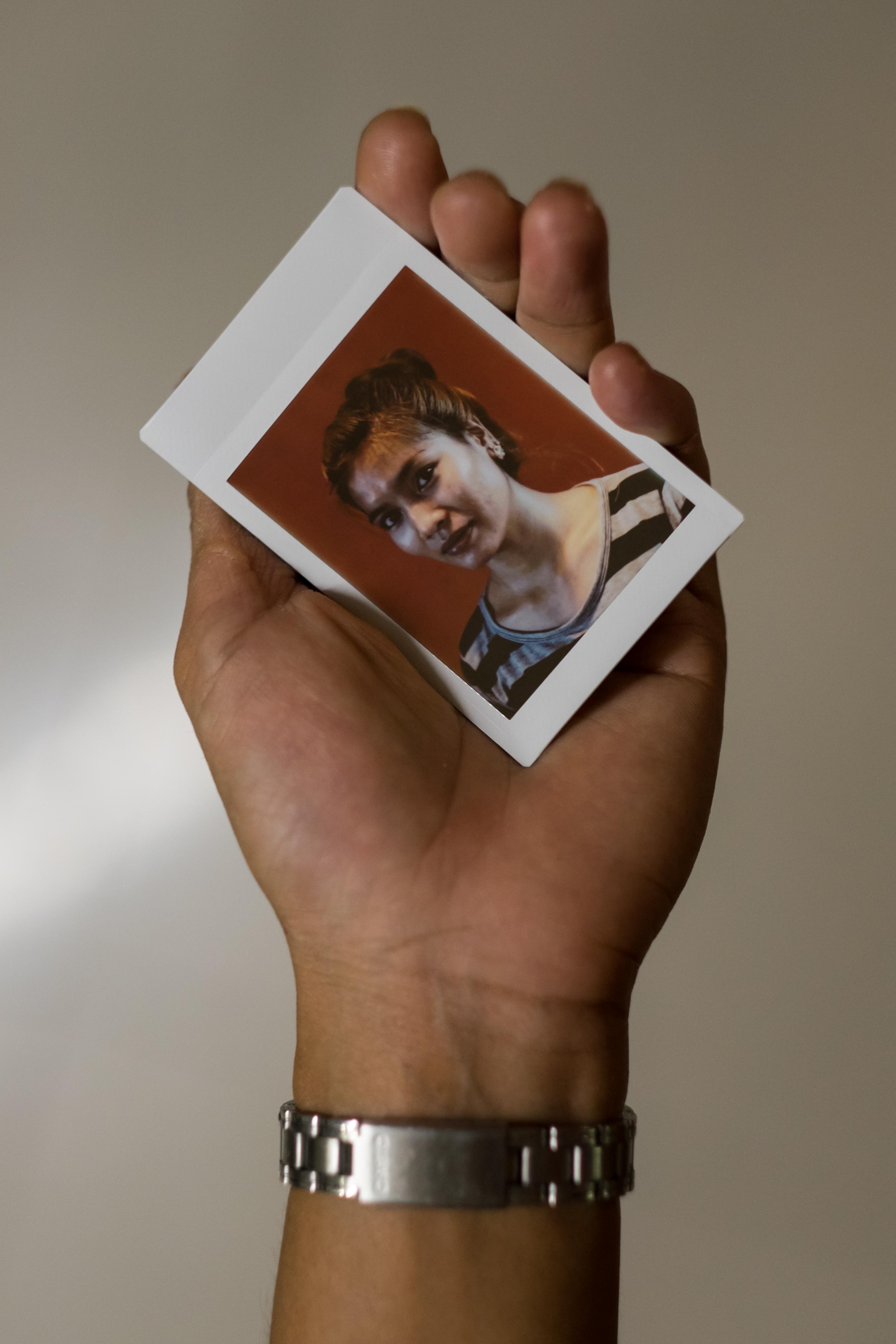 Olivier Bourget portrait dans la main-132