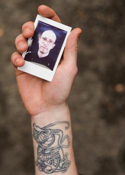 Olivier Bourget portrait dans la main-16