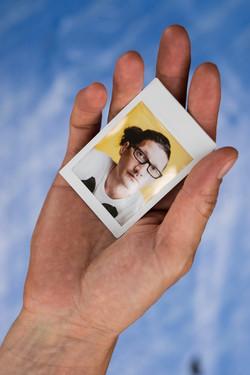 Olivier Bourget portrait dans la main-118