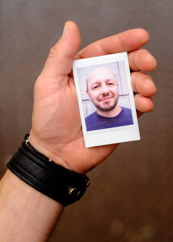 Olivier Bourget portrait dans la main-66