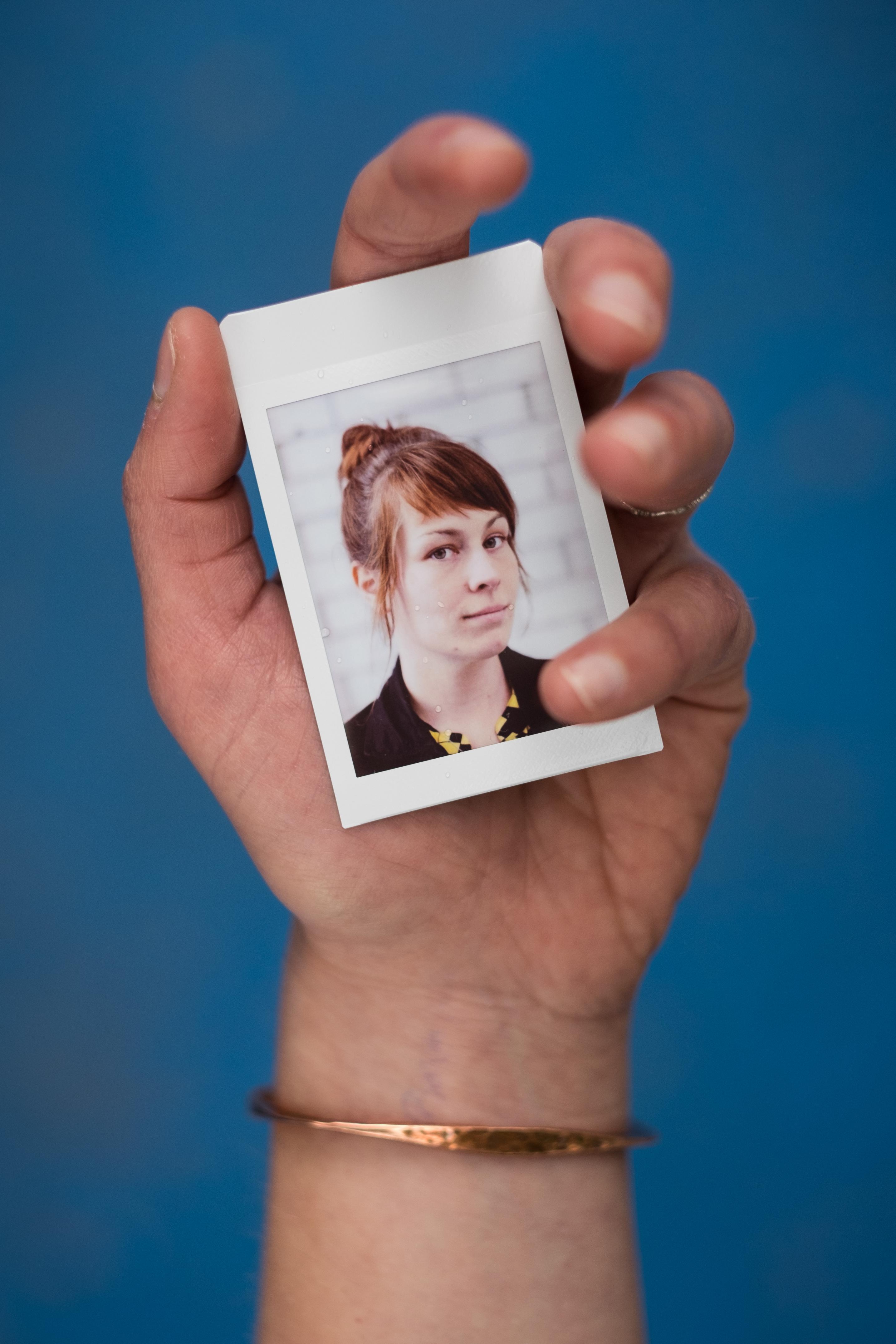 Olivier Bourget portrait dans la main-149