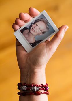 Olivier Bourget portrait dans la main-2