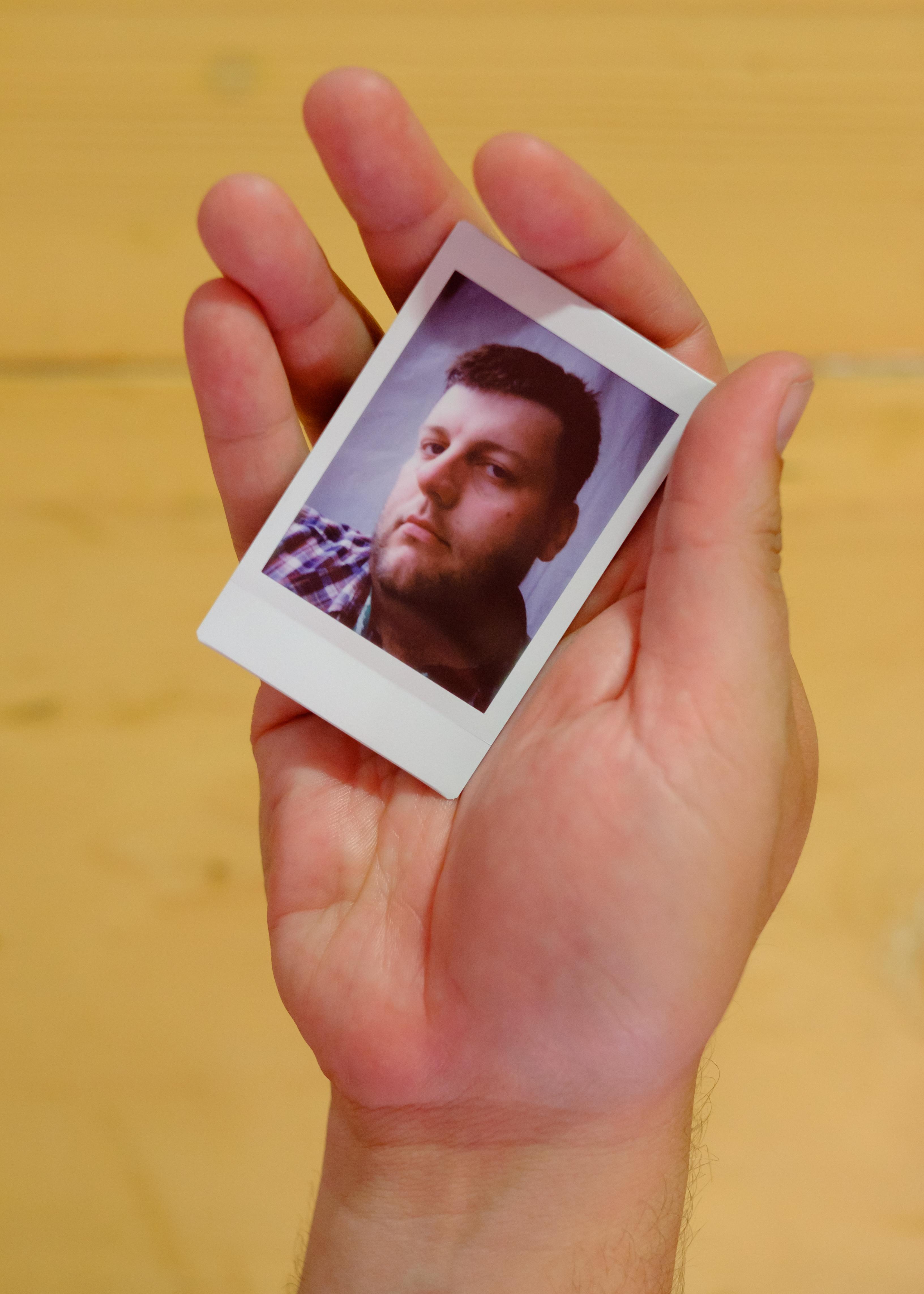 Olivier Bourget portrait dans la main-69