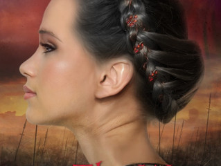 Read a blurb, 1st chapter, and reviews for The War Queen