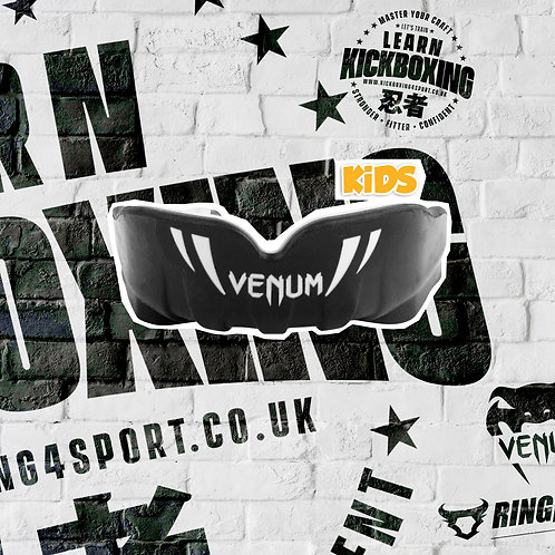 VENUM KIDS MOUTHGUARD (BLACK/WHITE)