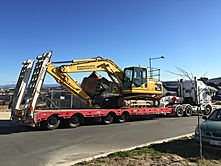 Bulk excavation, detail excavation, civil earthwork contractor, Canberra earthwork contractor Canberra Haulage