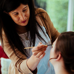 Feature: Top Tips from a Makeup Artist