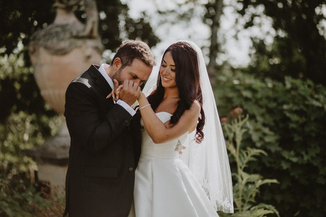 48_L&R_Wedding_Couple_Hand_Kiss-min.jpg