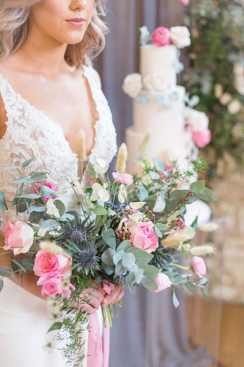 14-Bride-Bouquet-Pink-Light-Airy-Fine-Ar