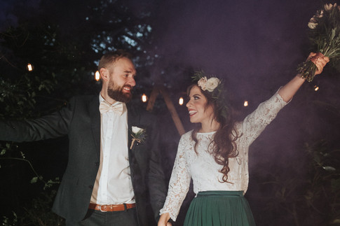 33-Happy-Couple-Smoke-Rustic-Orchardleig