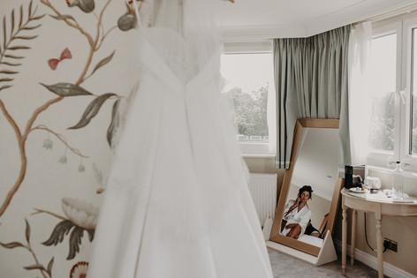 1_L&R_Wedding_Bridal_Prep_Wedding_Dress-