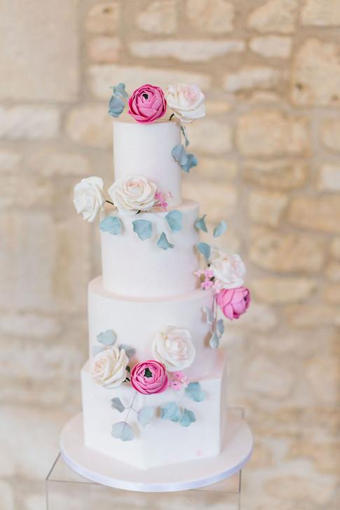 6-Cake-Pink-Light-Airy-Fine-Art-Wedding-