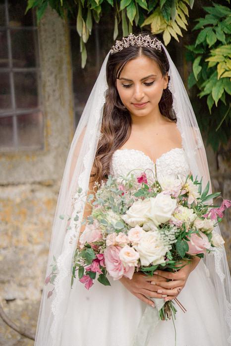 14_Regal_English_Wedding_Clearwell_Castl