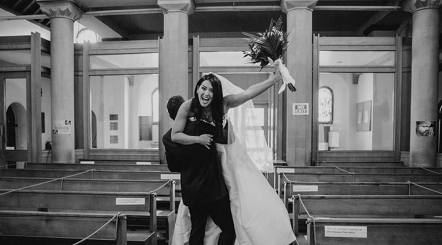 26_L%26R_Wedding_Playful_Church_Recessio