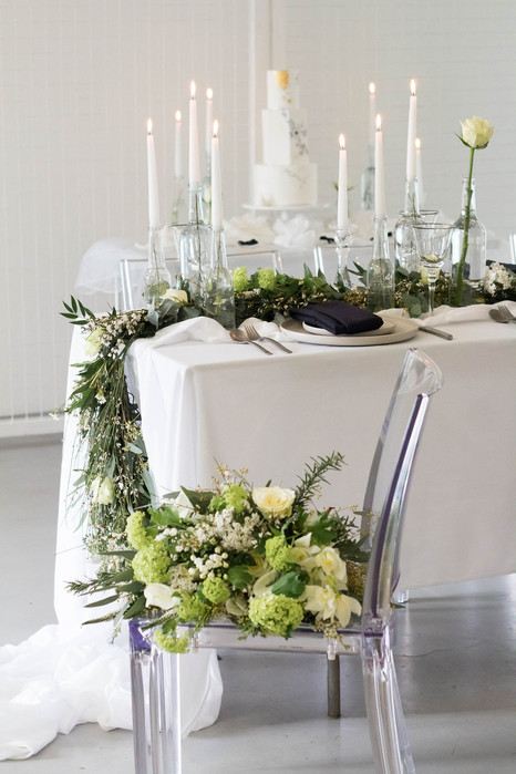 19.5-Table-Bouquet-White-Green-Modern-Li