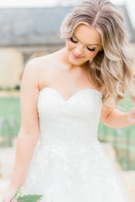 28-Bride-Princess-Hair-Curls-Pink-Light-