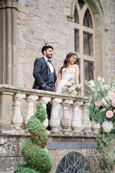 31_Regal_English_Wedding_Clearwell_Castl