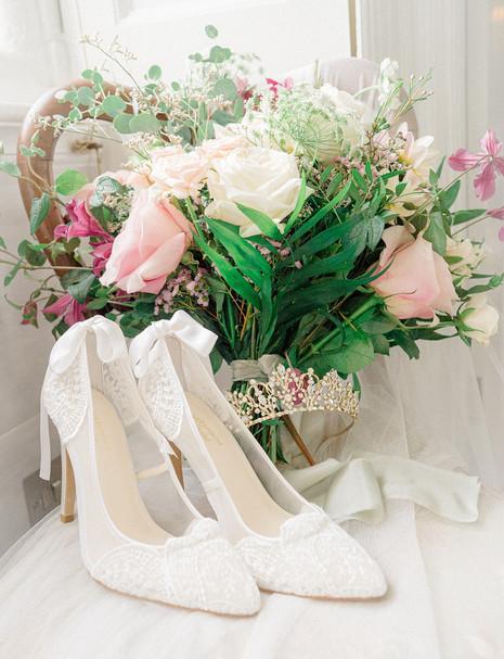 5_Regal_English_Wedding_Clearwell_Castle