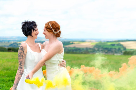128_Cotswolds_Wedding_Country_Bride_Rock