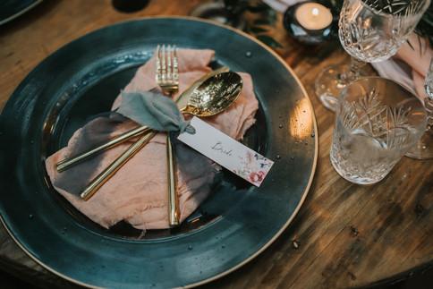 24-Tableware-Pink-Blue-Rustic-Orchardlei