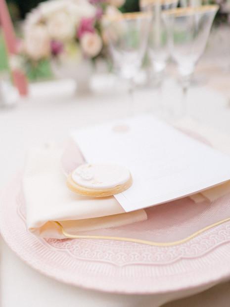 10_Regal_English_Wedding_Clearwell_Castl