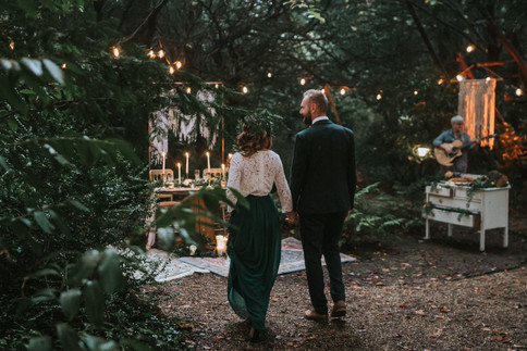 28-Couple-Evening-Rustic-Orchardleigh-Wo